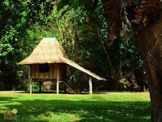 My nipa hut is very small i laguna pinterest for Small hut design