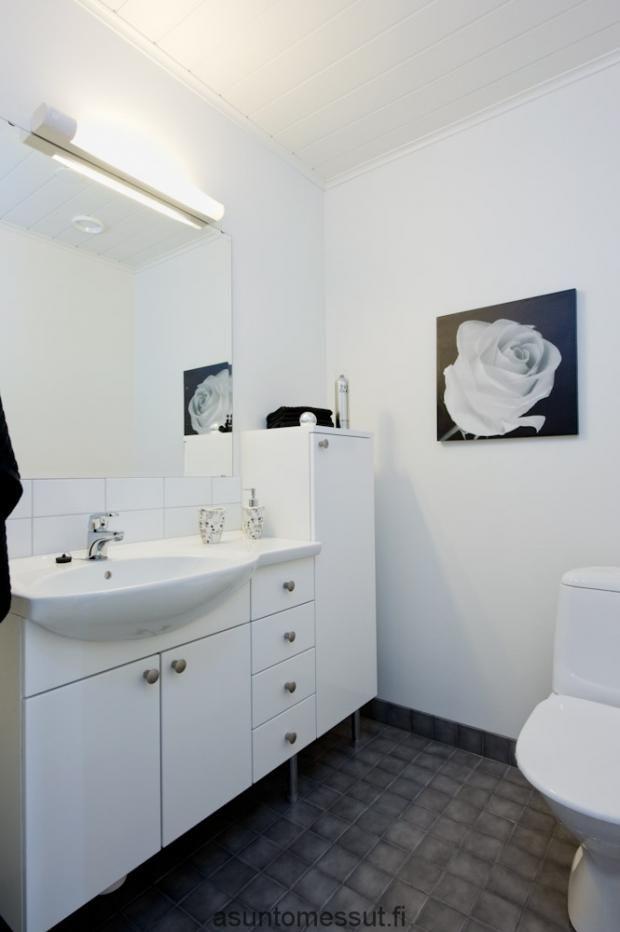 Kastelli Economy 100 - WC | Asuntomessut