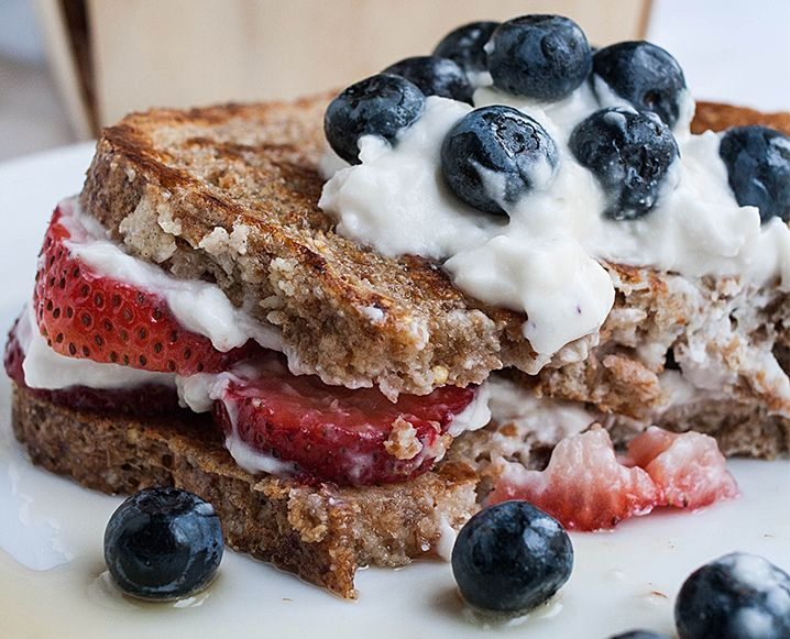 healthy, vegan French Toast! Finally, a gluten-free, dairy-free, soy-free, refined sugar-free, vegan French toast recipe!