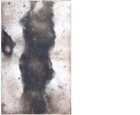 Apparenze 1 2009 Stele cm 36x24  Ceramica - Mix di terre raccolte e refrattari.  La superficie è lucidata a tratti con agata.  Cottura effettuata a cielo aperto. By Giovanni Maffucci