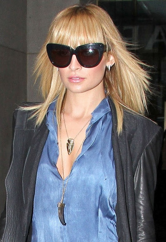 34 best in da house of harlow images on pinterest nicole some may think these are weird and obnoxious but i just love emhouse of harlow 1960 sunglasses chelsea cat eye sunglasses as seen on nicole richie mozeypictures Gallery