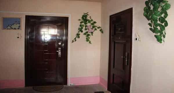 Vrei abundență financiară și bunăstare în casa, păstreaza ordinea și curațenia la intrarea în casă! - Secretele.com