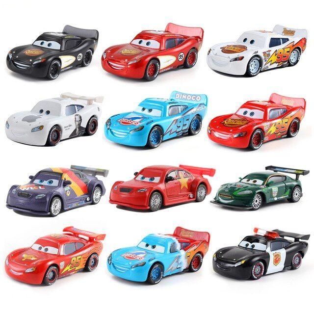 Disney Pixar Cars 3 Diecast Gold /& Silver /& Muddy Cruz Ramirez 1:55 Loose Car