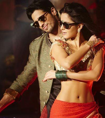 Here presenting the first look of 'Kala Chashma' from the upcoming movie #BaarBaarDekho starring #KatrinaKaif and #SidharthMalhotra Checkou here.. and follow @tamashha