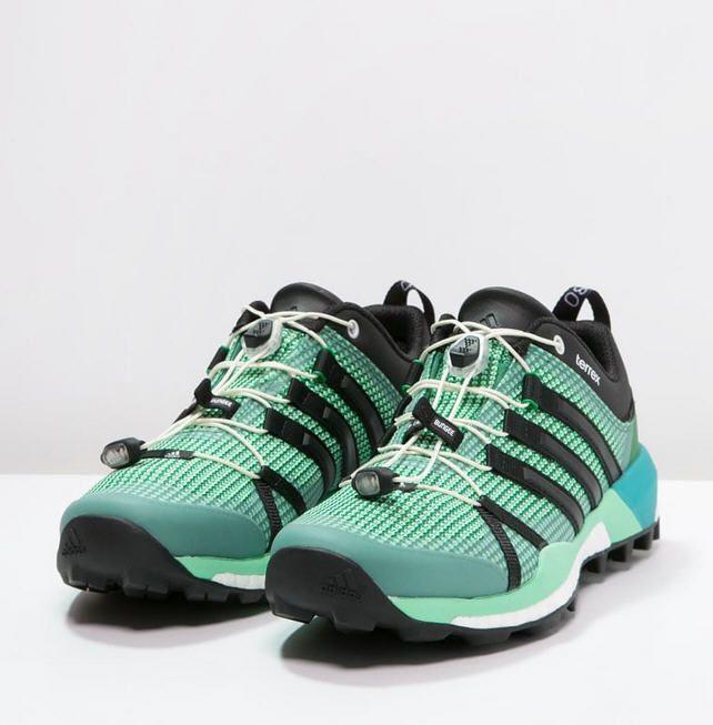 Adidas Performance TERREX SKYCHASER Chaussures de randonnée - blanche green/core black/green glow prix Chaussures de randonnée femme Zalando 160.00 €