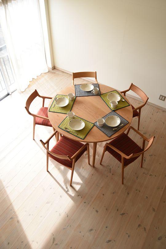 チェリー丸ダイニングテーブル(5本脚) 直径130cm / カグオカ
