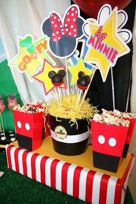 Mickey Mouse Clubhouse Birthday Party Styling:  Jen Carver // Banner Events Printables:  Amanda's Parties to Go Cake Pops:  Bella's Bakery & Bowtique