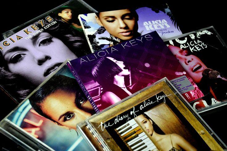 Alicia Keys dice adiós al maquillaje: ¿Por qué? - http://www.efeblog.com/alicia-keys-dice-adios-al-maquillaje-17705/  #Maquillaje #BarraDeLabios