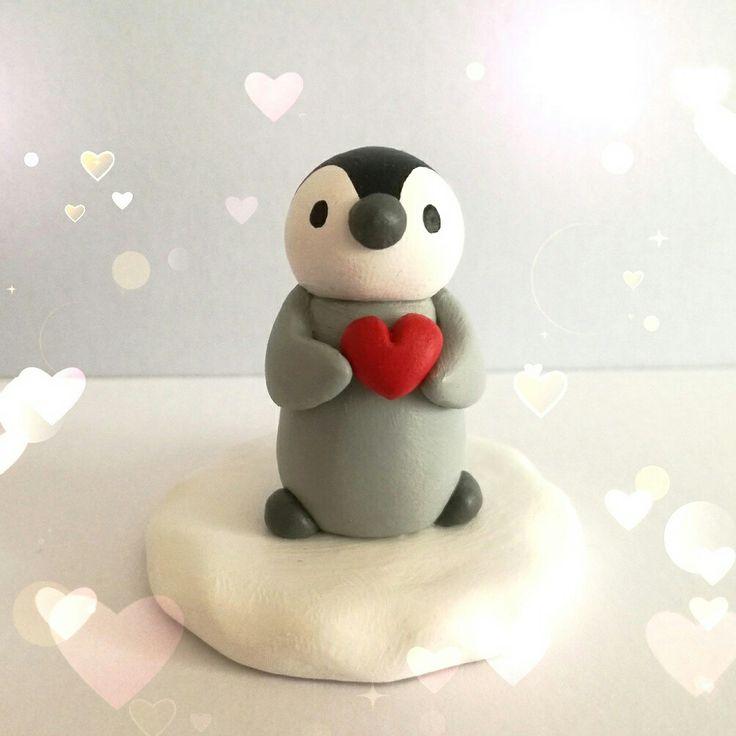 Little penguin loves you!