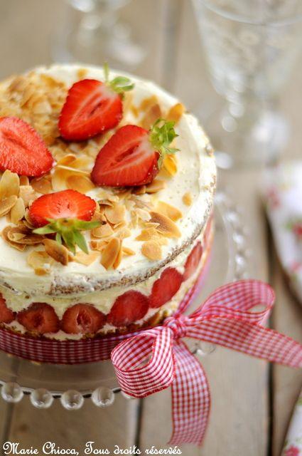 Un fraisier tout simple et tout léger  (Recette saine, légère, à IG bas et sans gluten)