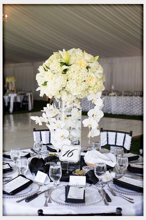 black-and-white-wedding-centerpieces-ideas