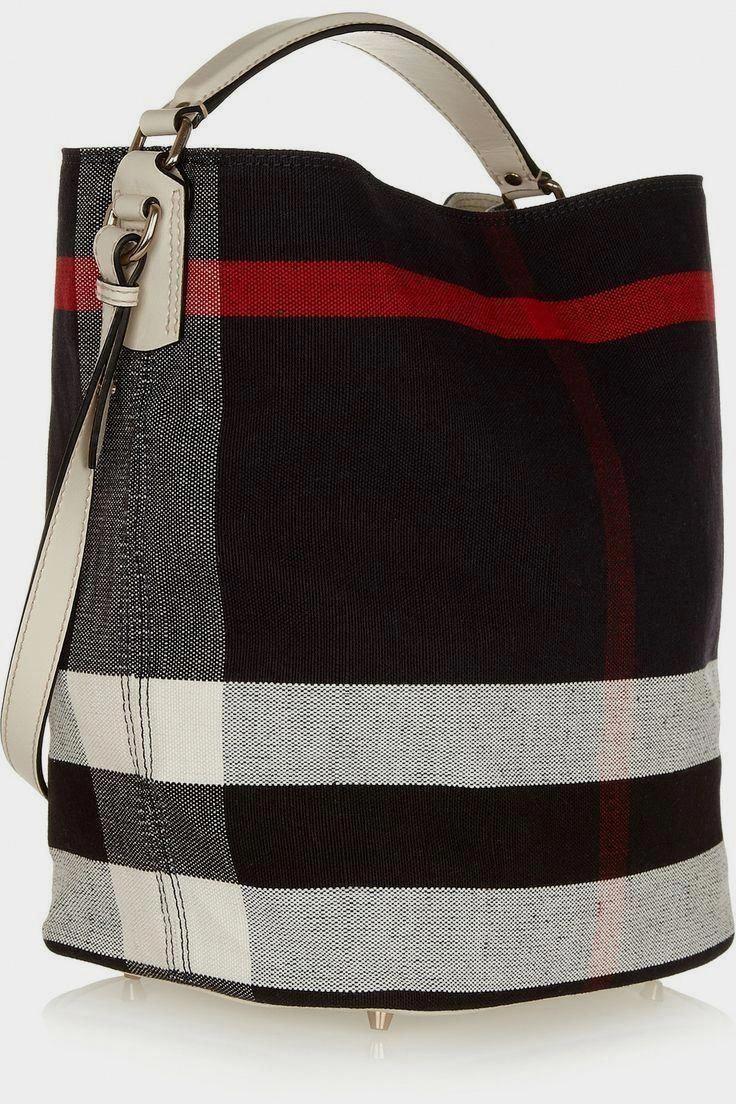 9ef2a3498014 burberry handbags for women authentic #Pradahandbags Hobo Táskák,  Sporttáska, Táskák, Burberry,