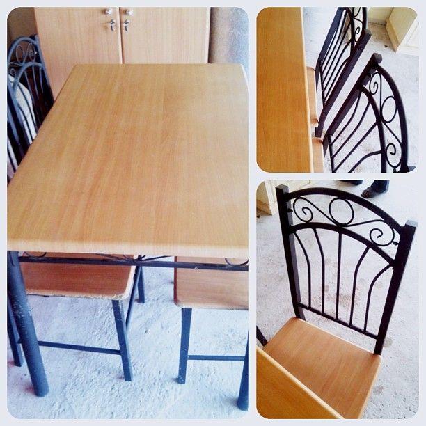 للبيع طاولة طعام 4 اشخاص السعر 15 Bd Home Decor Furniture Decor