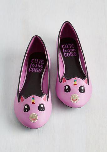 Estos encantadores zapatos de ballet: | 23 Regalos que todo amante de los unicornios necesita