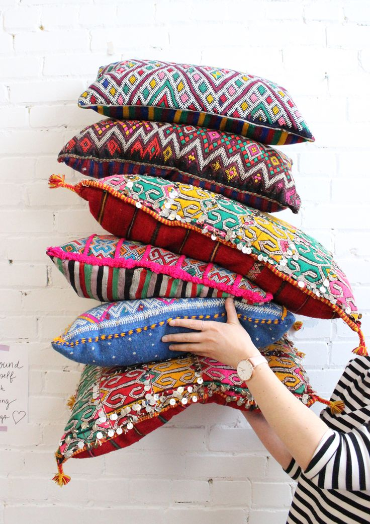 Beautiful Moroccan boho kilim pillows from Baba Souk