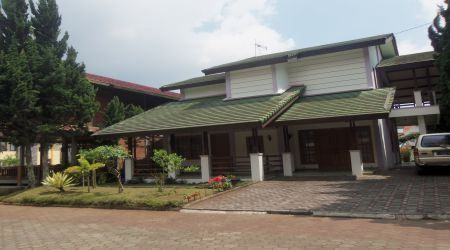 Penginapan Villa Istana Bunga Lembang Bandung