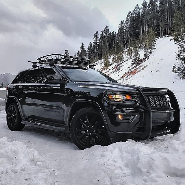 Pin By Omar On Trailcrusher In 2020 Jeep Srt8 Jeep Grand Jeep Grand Cherokee Srt