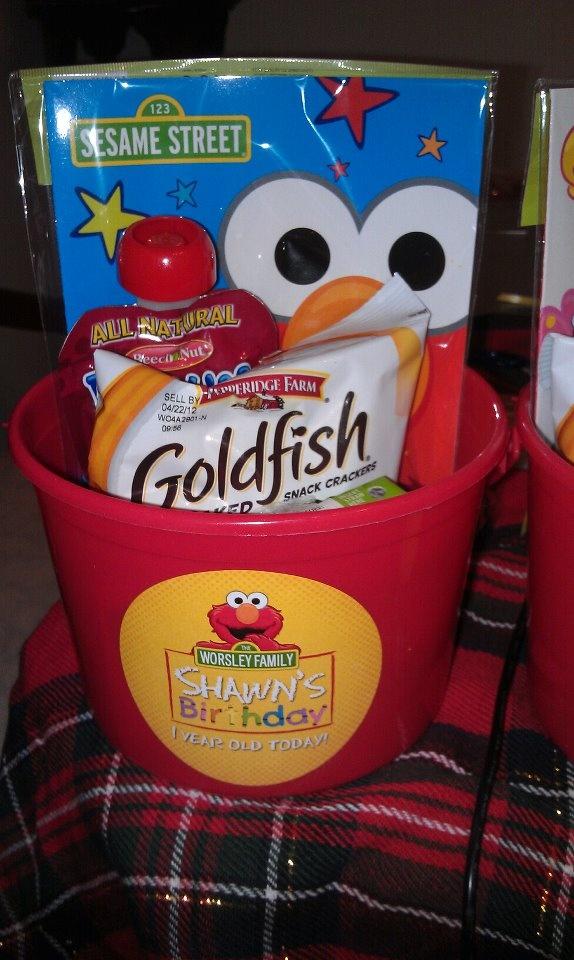 Elmo 1st Birthday Party Favor Bucketlove Thiscould Cut