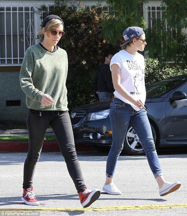 Kristen Stewart and  Alicia Cargile ~Dailymail