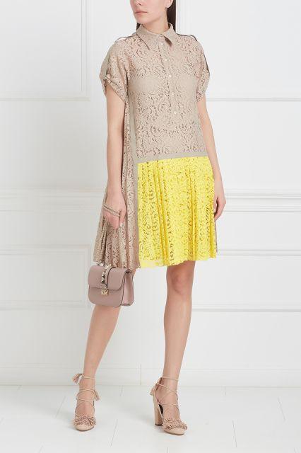 Кружевное платье No.21 - Широкое кружевное платье из коллекции итальянского бренда No в интернет-магазине модной дизайнерской и брендовой одежды