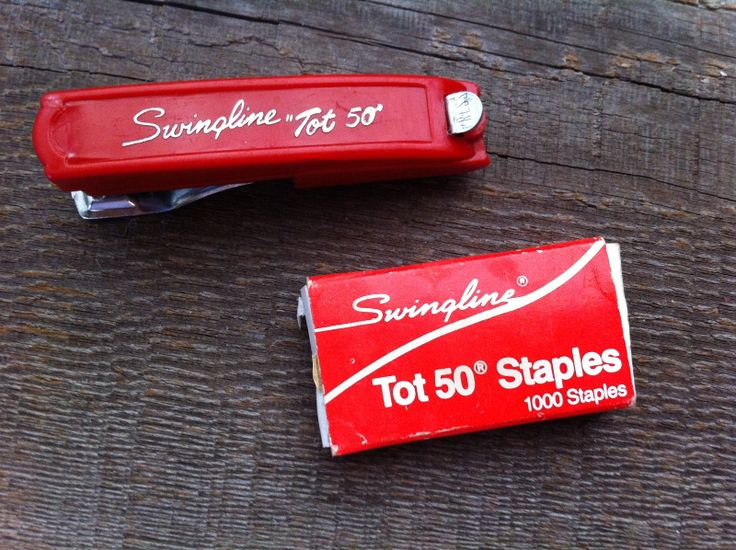 "Vintage Red Swingline ""Tot 50"" Stapler Mini Size-Plus Box of ""Tot"" Staples USA. This little red stapler is in great condition! Shows little to no surface wear. I would say the box of staples is between 1/2 to 3/4 full. Color and graphics still ..."