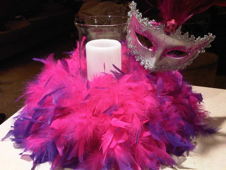 Centerpiece with Boa