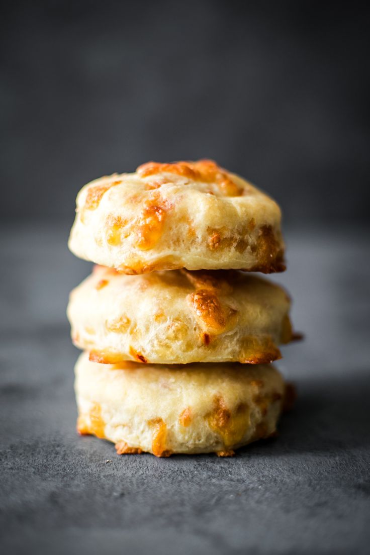 Spicy, sweet, flaky, buttery. I took my simple biscuit recipe and dressed it all up with delicious pepper jack cheese(This one, specifically), and lovely honey butter.