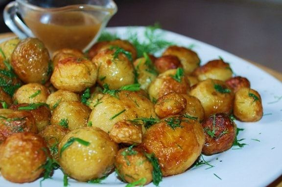 Жареный молодой картофель с укропом (3)