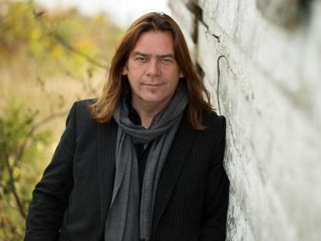 Alan Doyle discusses his memoir on the opening night of the Ottawa Internaitonal Writers' Festival.