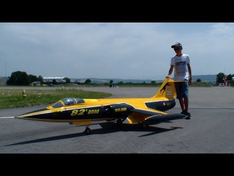 Roger Knobel with his New Starfighter F-104S ASA-M turbine Model Jet Payerne RC Air Show 2015 - YouTube