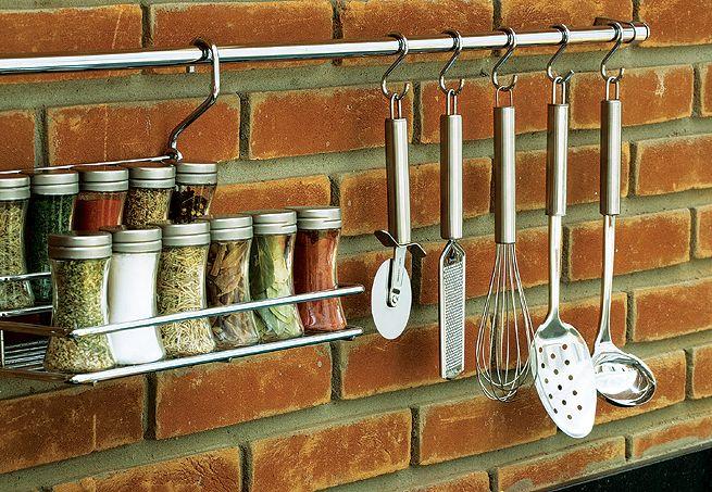 Dica de organização para a cozinha – Ganchos