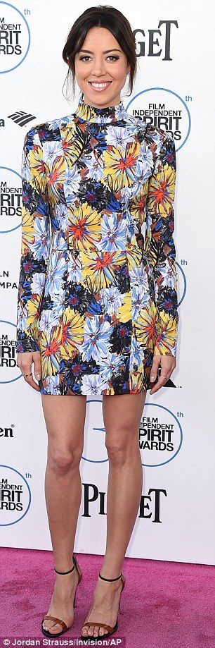 Splash:Aubrey Plaza wore a floral mini dress that looked as if it had been painted by an ...