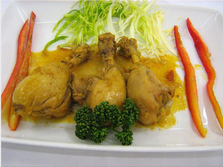 Pollo al curry http://fulviodesanta.altervista.org/indiana/articoli/indiana#pollocurry