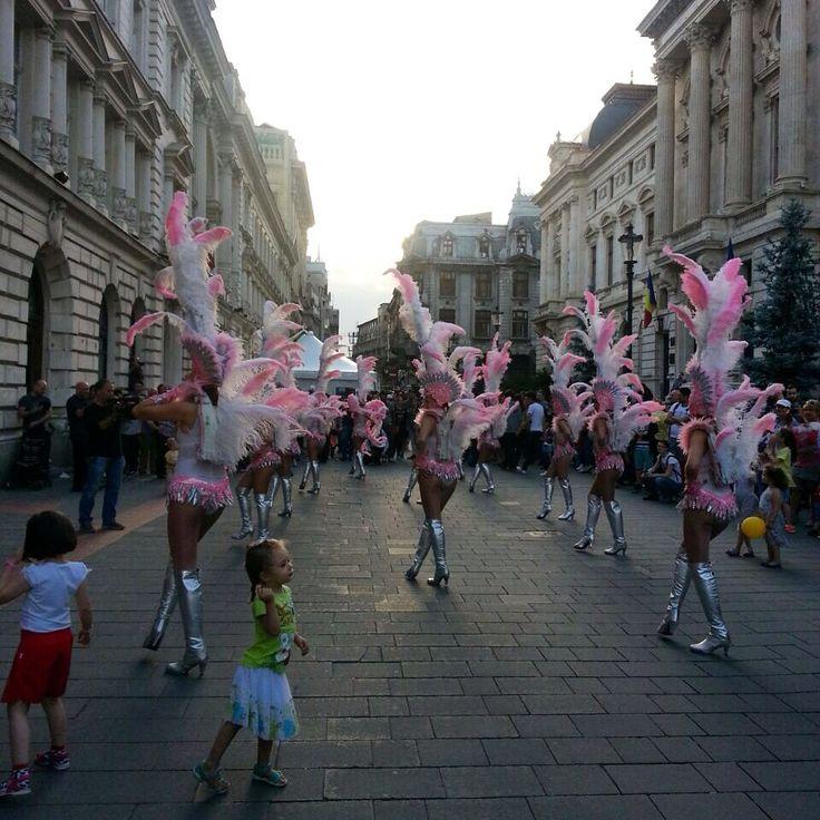 B FIT in the street - Bucharest 2015