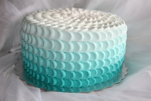 Ombre effect for the top of our cupcake cake. Ours will have a different texture.