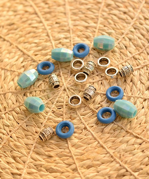 Some new dreadlock bead packs can now be found on our site, super fun to decorate  your dreadlocks with!  Find our dreadlockbeads here:        http://dreadstuff.com/pages/dreadlock-beads-1                       #dreadlocks #dreads #dreadhead #dreadlockstyle #dreadlockstyles #dreadlocksdaily #dreadlockservices #wonderlocks #dreadstagram #dreadlife #dread #dreadstuff #dreadstuff_com #dreadlockslondon #dreadslondon #london #england #dreadsuk