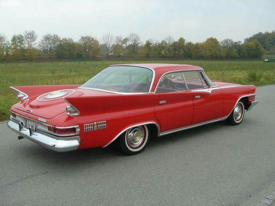 1961 Chrysler New Yorker 4-Door Hardtop