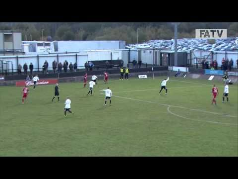 FOOTBALL -  Hednesford Town vs Crawley Town 1-2, FA Cup First Round Proper 2013-14 highlights - http://lefootball.fr/hednesford-town-vs-crawley-town-1-2-fa-cup-first-round-proper-2013-14-highlights/