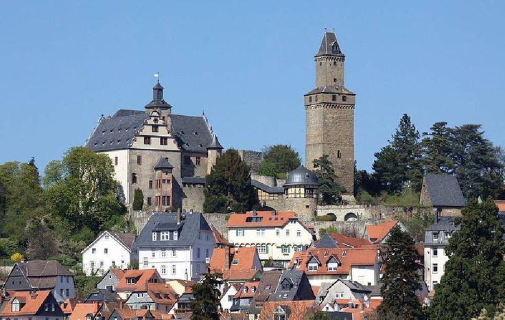 kronberg im taunus   ... in Kronberg im Taunus, einer Stadt im Hochtaunuskreis (Hessen