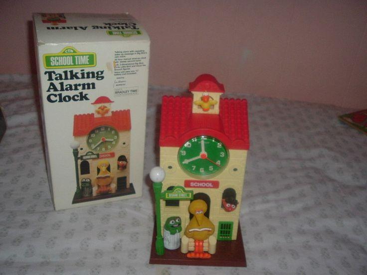 Sesame Street Big Bird,Oscar,Ernie Schoolhouse Bradley Talking Alarm Clock w/box #Bradley