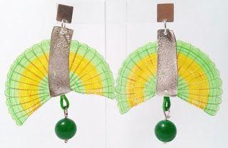 Aros, plata, crin y bola de jade verde.   nAutiLus-artE