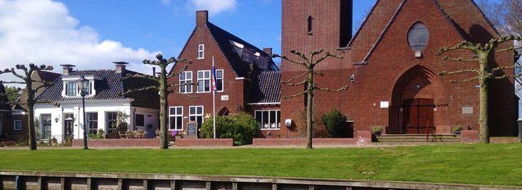 Hotel Logement Stedswâl ligt in het hart van het monumentale Friese elf steden stadje Sloten.