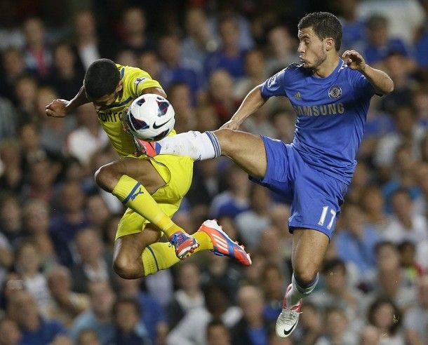 Eden Hazard against Reading!