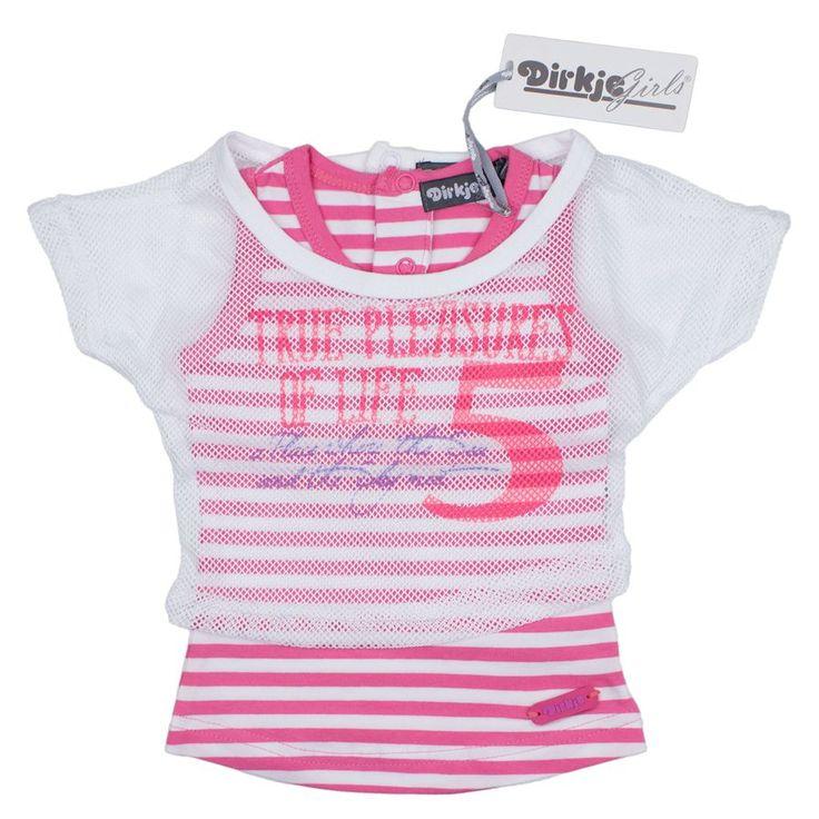 Sportieve set van een mouwloos, gestreept shirt en daaroverheen en top in wit met roze van Dirkje.