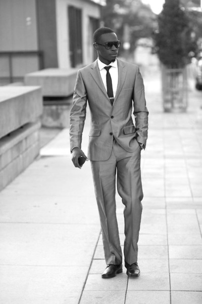 A well dressed Man...