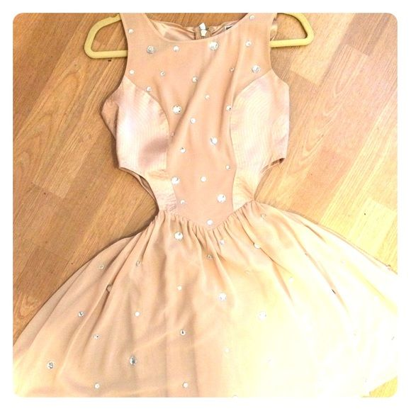 Cute Night Out Dress Pink and beige dress with gem stones placed throughout. Cut outs in the side. Stops a little above the knee. Perfect for a night out or formal event. Only worn once. Lipsy London Dresses Mini