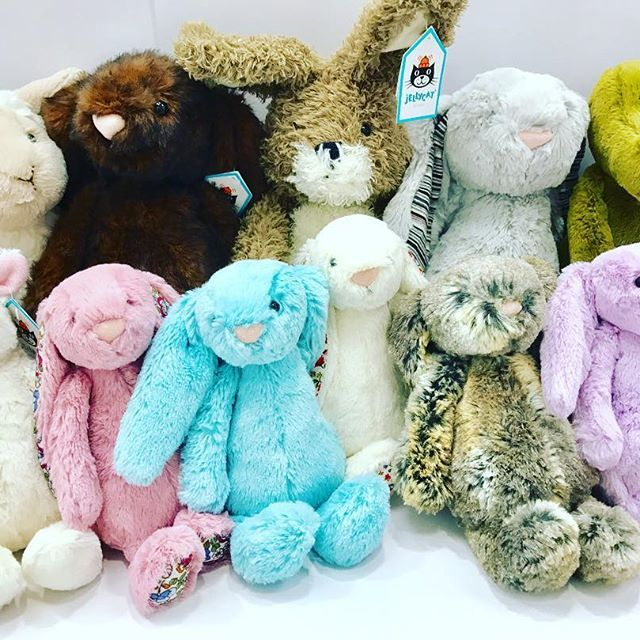 Day 10- @jellycat_official toys. They are perfect for everyone in the family from new borns to grandparents. We adore the jelly cat range, so soft and cuddly!!! 💕 They even come in a range of sizes, colours and animals. Starting from $35 🐰🐰🐰