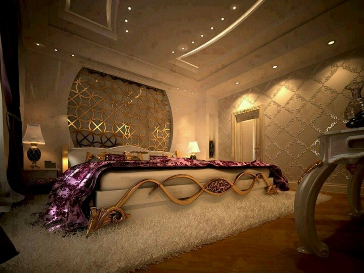 Luxury gold bedroom sit relax gossip bachelorette for Romantic purple master bedroom ideas