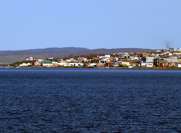 nunavut community and government services
