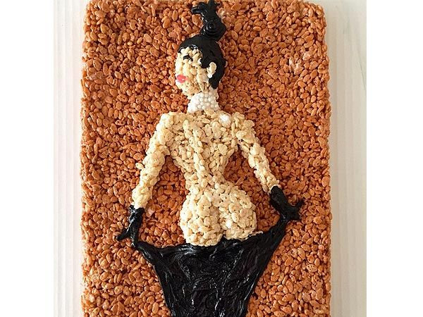 See Kim Kardashian's Bare Butt Photo and Taylor Swift's 1989 Cover As Rice Krispies Treats http://greatideas.people.com/2014/11/25/kim-kardashian-taylor-swift-rice-krispies-treats/